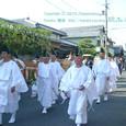 献饌供御人行列(05-02) 伊豆神社前を行く
