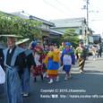 献饌供御人行列(05-04) 伊豆神社前を行く