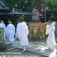献饌供御人行列(07-01) 伊豆神社にて、神事待ち