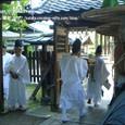献饌供御人行列(09-01) 神事の後、再出発