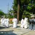 献饌供御人行列(09-02) 神事の後、再出発