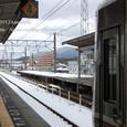 2011.02.07up Station/駅135 堅田駅98 雪の堅田駅、京都方面行きホームにて