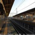 2011.04.03up Station/駅136 堅田駅99 春の夕暮れ、堅田駅にて(三人の女の子たち)