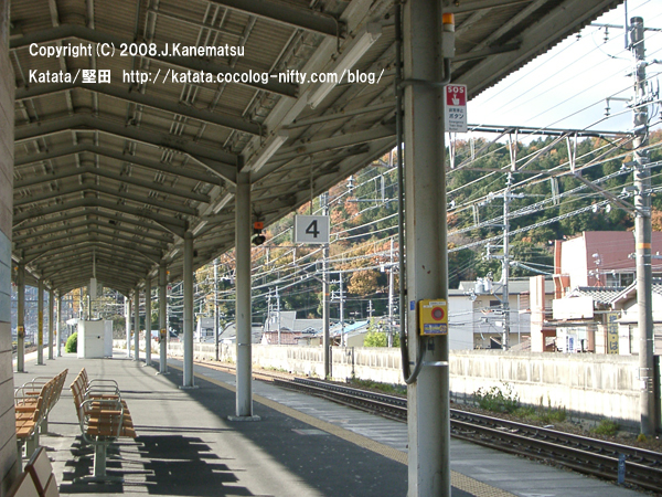 山科駅・湖西線ホーム