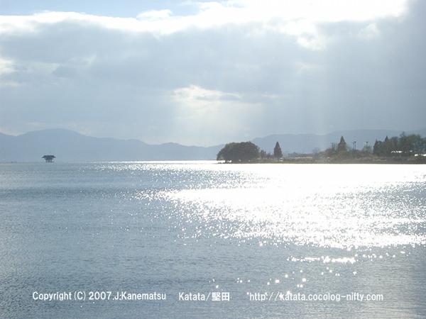 初冬の琵琶湖