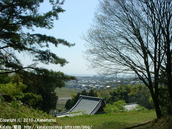 高台からの本堅田の眺め