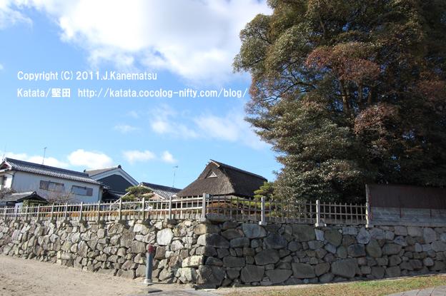 茶室・天然図画亭(居初氏庭園)