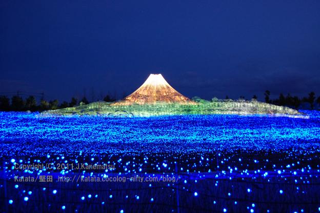 富士と海(黄富士)