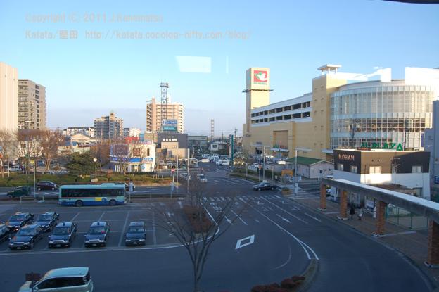 R車内から撮影した堅田駅前