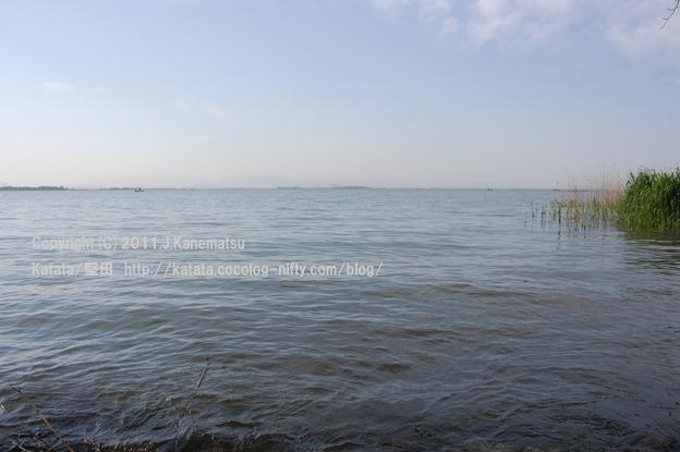 朝7時24分。海のような、5月の琵琶湖の眺めです