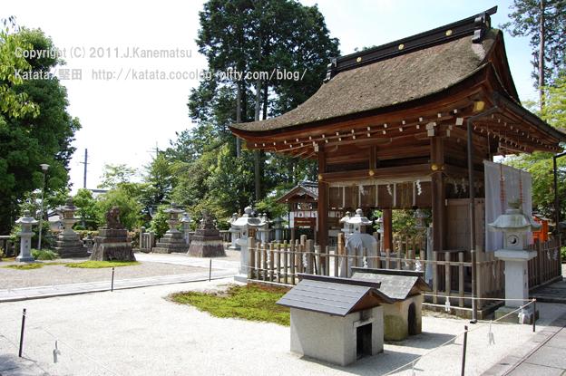 真野の神田神社(祈祷の後の、誰もいない神社にて)
