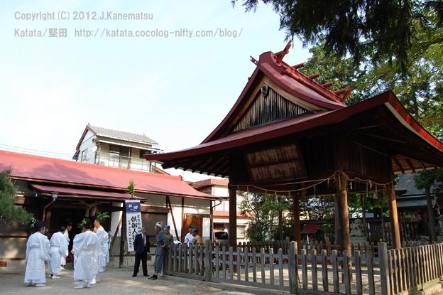神田神社の静かな朝7・出発の前