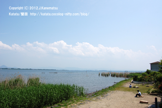 居初邸から見た琵琶湖とヨシ