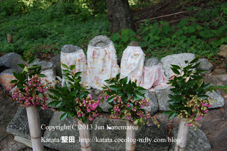 八幡神社のお地蔵さん(滋賀県米原市一色)